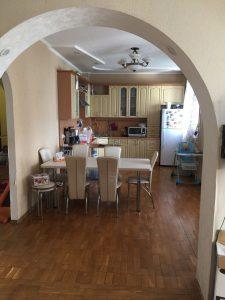 Предлагаю купить квартиру на бульваре Кучеревского.